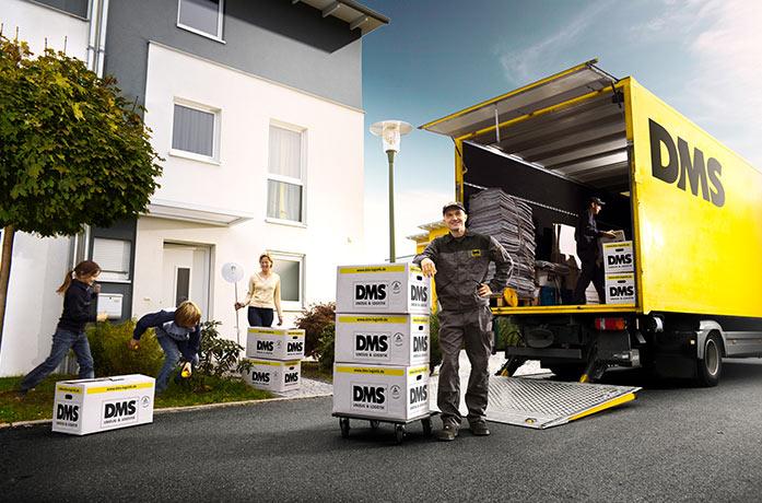 Möbelwagen bei Umzug
